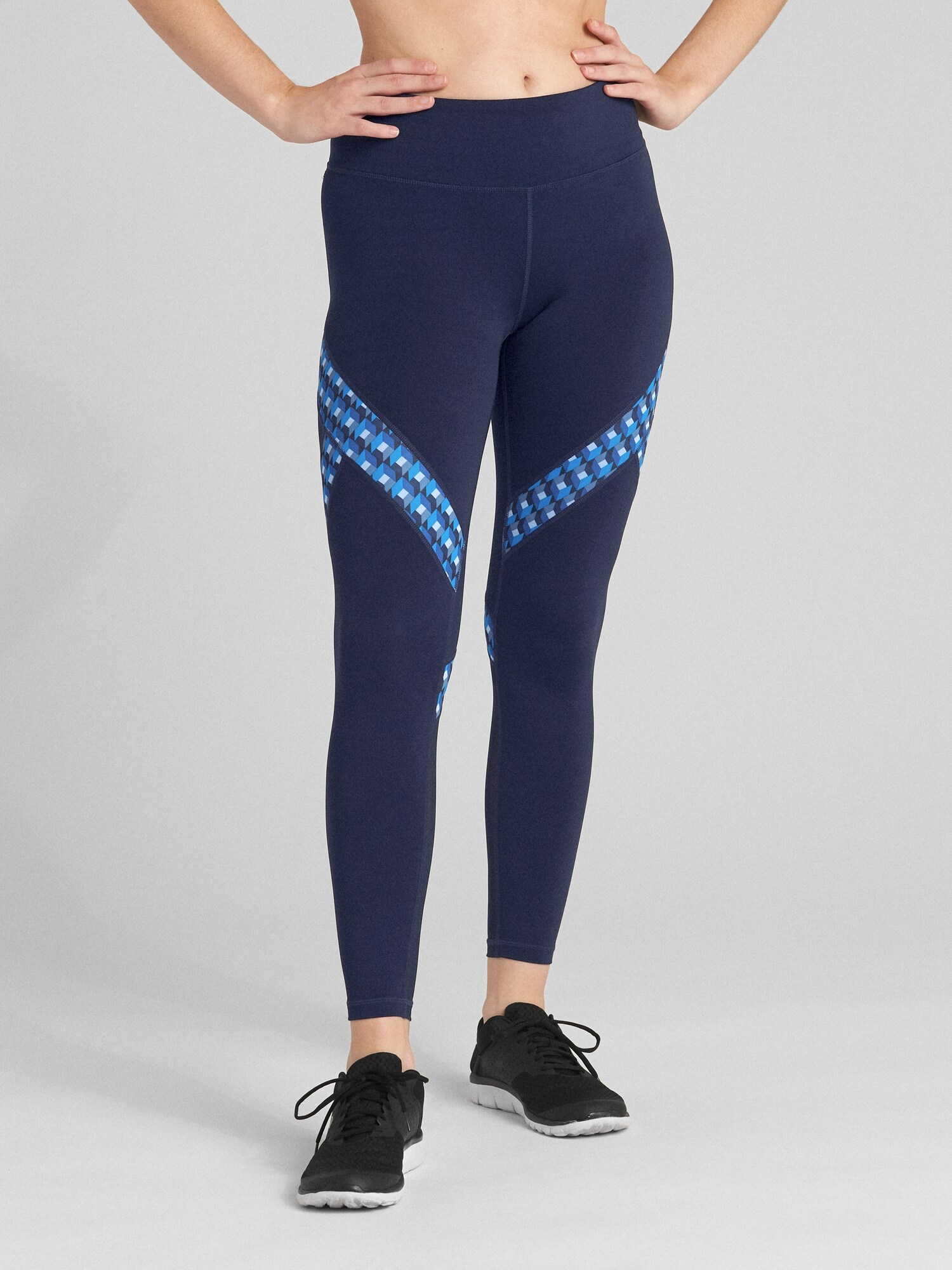 GFast Mid Rise Print Insert 7 8 Leggings in Eclipse